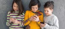 děti s mobily